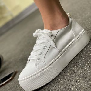 White platform Canvas Lace up sneakers